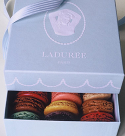 The Nibble: Laduree Macaroon Recipe