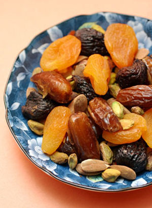 dried fruit healthy snack fruit and nut mix healthy