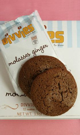 Molasses Cookies - Divvies